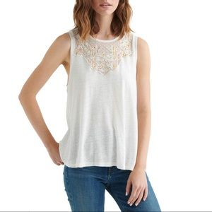 🆕Lucky Brand Applique Yoke Tank
